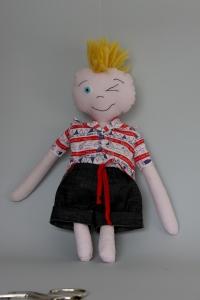 Кукла момче